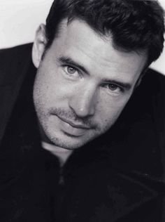 Scott Foley-They finally give Olivia an attractive love interest, & he's a bad guy! #Scandal #SoSad