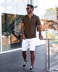 Summer Outfits Men, New Outfits, Fashion Outfits, Mens Fashion, Blue Blazer Outfit Men, Blazer Outfits Men, Mens White Shorts, Red Shorts, Dark Blue Skinny Jeans