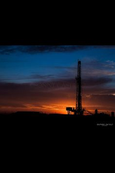 West Texas Sunset ~ Odessa Great Places, Beautiful Places, Odessa Texas, Texas Sunset, Oil Field, Big Spring, Barn Houses, Historical Landmarks, Beautiful Nature Wallpaper