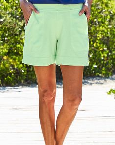 Fashion Essentials, Style Essentials, Mint Green Shorts, Pedal Pushers, Vacation Wear, Beach Walk, Ankle Pants, Casual Shorts, Short Dresses