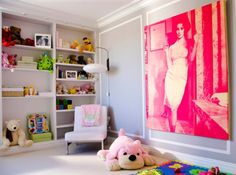 what little girl wouldn't want that oversize, pink vintage print on their wall?!