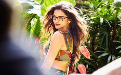 Bollywood star and top hot celebrity of India Deepika Padukone Vogue Eyewear for women. Actress Deepika Padukone Vogue Eyewear sunglasses 2020 for Girl. Indian Celebrities, Bollywood Celebrities, Bollywood Fashion, Bollywood Actress, Dipika Padukone, Deepika Padukone Style, Sr K, Queen, Beautiful Actresses
