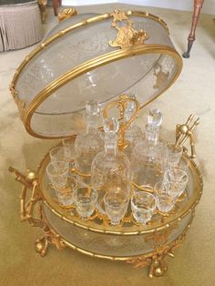 French Century Tantalus, Acid Etched Crystal and Gilt Bronze Mounts 2 Glamour Décor, Hollywood Glamour, Antique Glass, New Room, Tea Set, Decoration, Home Remodeling, Kitchen Decor, Tea Cups