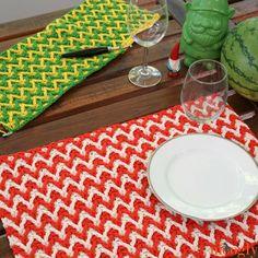 Bright Chevron Placemat - free crochet pattern on Mooglyblog.com!
