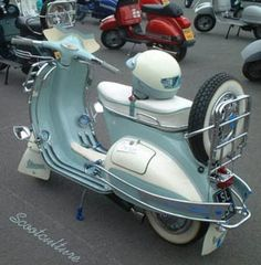 Classic Light Blue and white vespa Piaggio Scooter, Vespa Ape, Mod Scooter, Scooter Motorcycle, Vespa Lambretta, Motorcycle Luggage, Vespa Motor Scooters, Custom Vespa, Vintage Motorcycles