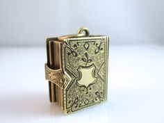 Fascinating Victorian 14K Gold Photo Book Locket~ 13.4 DWT~ RARE #Pendant