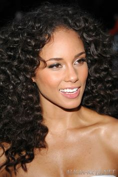alicia-keys-curly-hairstyle