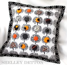 Buttons-in-the-Trees Pillow - Free Sewing Tutorial by Shelley Detton #Halloween #sewing #sewingtutorial