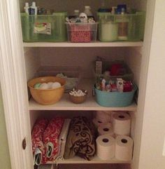Konmari method and a picture of this blogger's bathroom closet.