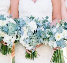 Blue Wedding Flowers Stunning Charleston Plantation wedding in lovely shades of soft blue and green with touches of burlap and gold Blue Wedding Flowers, Floral Wedding, Wedding Colors, Wedding Blue, Artificial Wedding Flowers, Silk Flowers, Perfect Wedding, Dream Wedding, Wedding Day