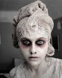 Google Image Result for http://laura.moncur.org/wp-content/photos/Cool-Halloween-Makeup-5.jpg