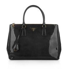 Klassisch, Schick, Prada! Prada Shopping Spazzolato Nero bei Fashionette