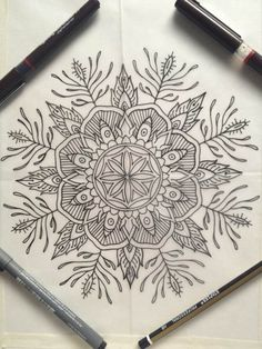 I don't know why, but cane development suddenly made sense once I saw this pic. I had been thinking about the process backwards!by thievinggenius Tangle Doodle, Doodles Zentangles, Zen Doodle, Zentangle Patterns, Doodle Art, Mandala Art, Mandala Tattoo, Mandala Design, Mandala Drawing