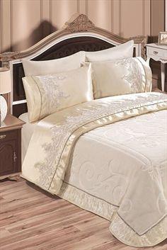 Evlen Home & Alanur Home Collection - Çift Kişilik Nirvana Battaniye Takımı Krem TİV0010 %33 indirimle 299,99TL ile Trendyol da