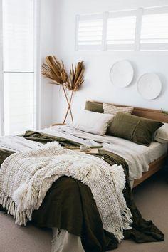 Luxury Linen Bedding and Living Online Earthy Bedroom, Bedroom Green, Room Ideas Bedroom, Aesthetic Bedroom, Home Decor Bedroom, Modern Boho Master Bedroom, Scandinavian Bedroom Decor, Brown Bedroom Decor, Summer Bedroom