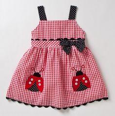 Lady bug dress. Think I'll use the idea but make  an apron instead.