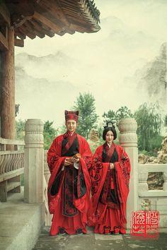 hanfu gallery (Traditional Chinese fashion, hanfu wedding in Han...)