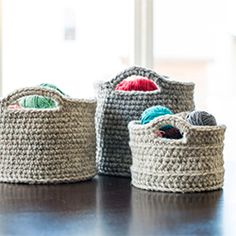 "These crochet baskets of varying sizes are a chic storage solution! Free base patterns via ""Crochet in Color"" with modifications noted. want to try with ""t-shirt yarn"" if only I knew how to crochet :) Yarn Projects, Knitting Projects, Crochet Projects, Knitting Patterns, Crochet Patterns, Knitting Supplies, Blanket Patterns, Amigurumi Patterns, Crochet Home"