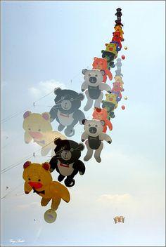 Teddy Bear Parade - Kites!