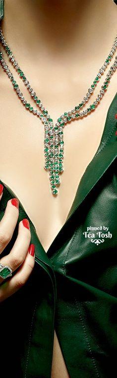 ❇Téa Tosh❇ Roberto Coin, Graff, Salvatore Ferragamo, Lanvin & Tiffany & Co. Emeralds & Diamonds