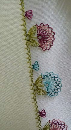 Crochet Easy Motif Granny Square - My Recommendations Needle Tatting, Needle Lace, Bobbin Lace, Needle And Thread, Silk Ribbon Embroidery, Embroidery Stitches, Embroidery Patterns, Hand Embroidery, Tunisian Crochet