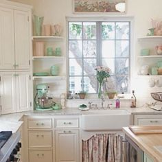 ❤️May want shelves by sink or corner cabinets.