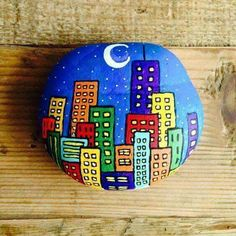 Rock Painting Ideas Easy, Rock Painting Designs, Paint Designs, Painting Patterns, Pebble Painting, Pebble Art, Stone Painting, City Painting, Stone Crafts