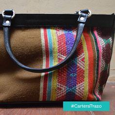 Cartera Trazo - Cuero con aplicaciones de manto andinos