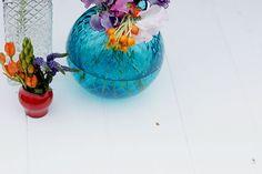 fiori multicolore: una stationery dalle tinte forti on Behance
