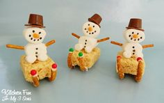 Snowman Sleigh Treats for Christmas from KitchenFunWithMy3Sons.com