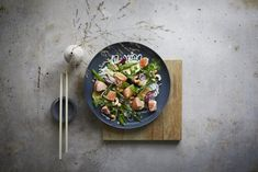 Laksewok med nordisk inspirasjon | Oppskrift på laks | SALMA® Frisk, Wok, Risotto, Dinner, Ethnic Recipes, Cooking, Dining, Food Dinners, Dinners