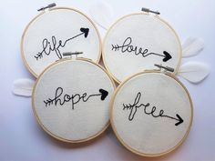 Embroidery BOHO words arrow on embroidery hoop by Lesmotsbrodes