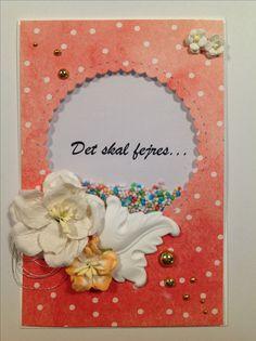 Det skal fejres..... shaker kort. Blomster fra Wild Orchid Crafts, gibsfigur, halvperler i guld. Dies:  Mama Elephant: All prettied up creative cuts