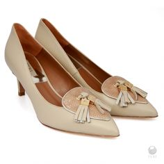 Global Wealth Trade Corporation - FERI Designer Lines Latest Trends, Fashion Accessories, Sexy Women, Beige, Flats, Wealth, Women's Shoes, Luxury Fashion, Leather