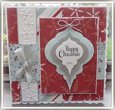 Jackies house of cards: class cards Christmas Cards To Make, Christmas Goodies, Handmade Christmas, Holiday Cards, Christmas Bulbs, Christmas Crafts, Scrapbook Cards, Scrapbooking, Die Cut Cards