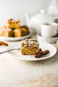 Simple Cinnamon Crumb Cake (Vegan+GF) – Sincerely Tor i#Breakfast #Cake #Cinnamon #CoffeeCake #Dairy Free #Dessert #Homemade #NutFree #QuickBread #Sweet #Treat #Vanilla #Vegan Fast Healthy Meals, Eating Healthy, Cinnamon Crumb Cake, Streusel Topping, Food Obsession, Chocolate Chip Muffins, Breakfast Cake, Recipe Images, Something Sweet
