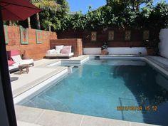 Moderna casa de playa con piscina todos santos baja for Casa moderna todos santos