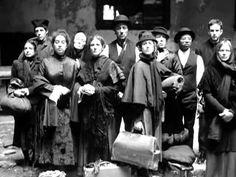 memory  Meredith Monk, Ellis Island
