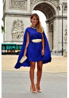 Bgo and Me pre-fall collection in París - Necklace of Pearls Cape Dress, Shirt Dress, First Date Outfits, Estilo Blogger, Dress Outfits, Dresses, Passion For Fashion, Personal Style, Street Style