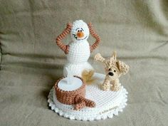Häkelanleitung Teelichthalter Die fatale Verwechslung - New Ideas Halloween Knitting, Christmas Knitting, Crochet Snowman, Crochet Ornaments, Holiday Ornaments, Christmas Crafts, Crochet Jar Covers, Elf Doll, Tea Light Holder