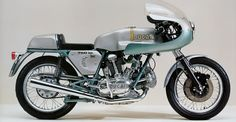 Distribuzione Desmodromica: Ducati 750 Supersport Desmo - News & Stories at STYLEPARK