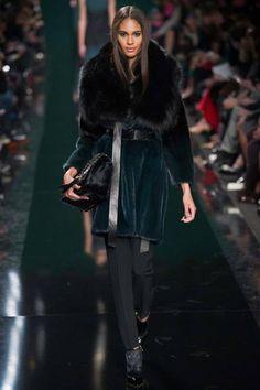 Elie Saab | Fall 2014 Ready-to-Wear Collection | Style.com #Minimalist #Minimalism #Fashion