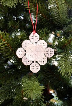 This sparkly snowflake ornament is easy to do!