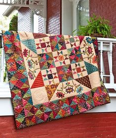 Late Bloomers - Kim Diehl BH American Patchwork and Quilting April 2012 Star Quilts, Scrappy Quilts, Quilt Blocks, Colchas Country, Country Quilts, Quilting Tutorials, Quilting Projects, Quilting Designs, Quilting Ideas