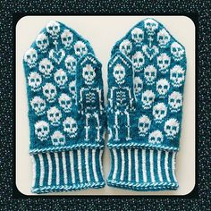 This could be great for Halloween Ravelry: Calaveras mittens pattern by…