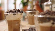 Chocoladebavarois met koekjescrumble en vanillemascarpone