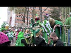 THREE MINUTE VIEW | 2010 Mal's St. Paddy's Parade | http://newsocracy.tv