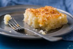 Portokalopita: prajitura greceasca cu iaurt si portocale | Andie Macaroni And Cheese, Deserts, Food And Drink, Ethnic Recipes, Places, Greece, Mac Cheese, Desserts, Postres
