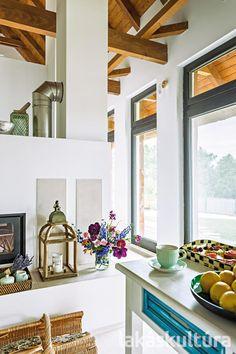 Hangulatos nyaralóház a Balaton-felvidéken - Lakáskultúra magazin Interior, Kitchen, Table, House, Furniture, Dream Homes, Home Decor, Bohemian, Garden