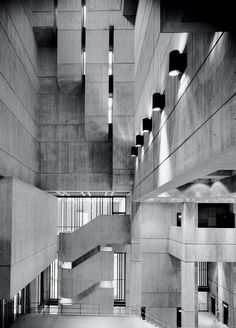 "Boston City Hall - from New York Times ""Brutalism Is Back"" Concrete Architecture, Industrial Architecture, Concrete Building, City Architecture, Futuristic Architecture, Concrete Facade, Watercolor Architecture, Architecture Images, Concrete Structure"